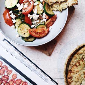 griekse-salade-met-kip