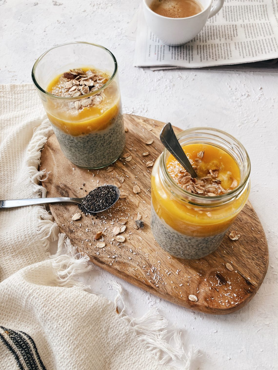 chia-pudding-mango